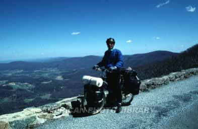 バージニアのアパラチア山脈 バージニアのアパラチア山脈 バージニア州の西側を走るアパラチア山脈。